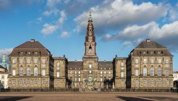 Christiansborg_Slot_from_west_Copenhagen_Denmark