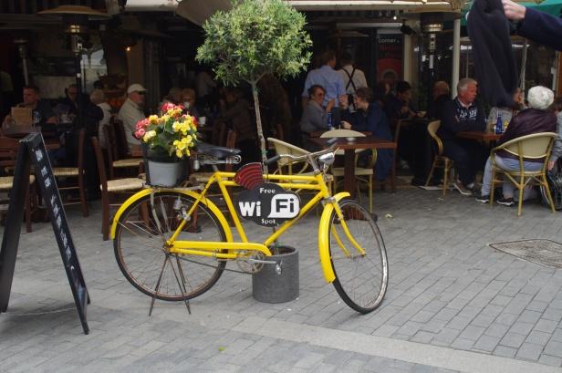 free-wi-fi-at-restaurants.jpg
